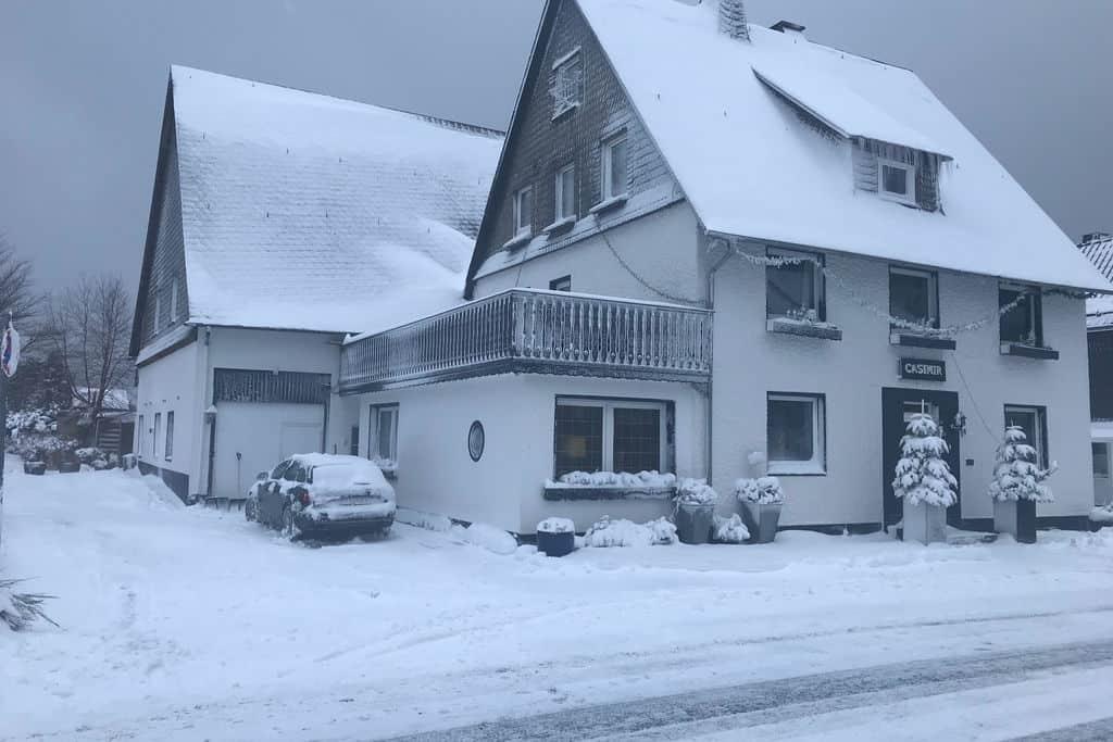 Vakantiehuis Winterberg ot Neuastenberg 21 personen
