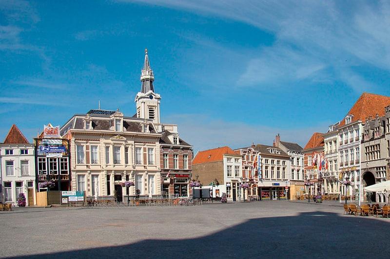 Vakantiehuis-18-personen-Brabant