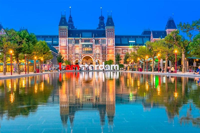 Vakantiehuis-18-personen-Noord-Holland