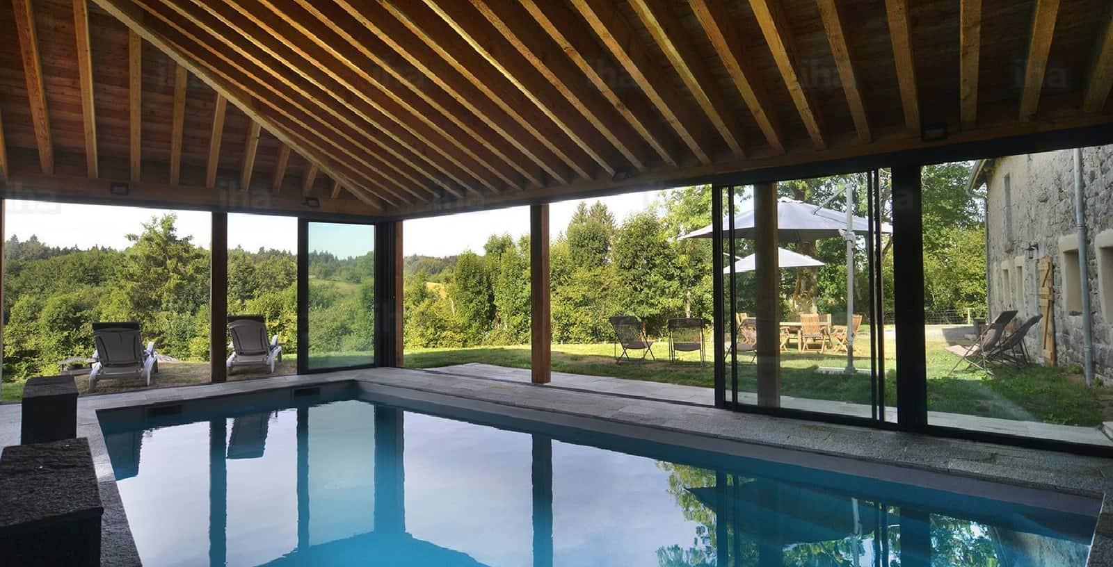 Vakantiehuis_met_binnenzwembad